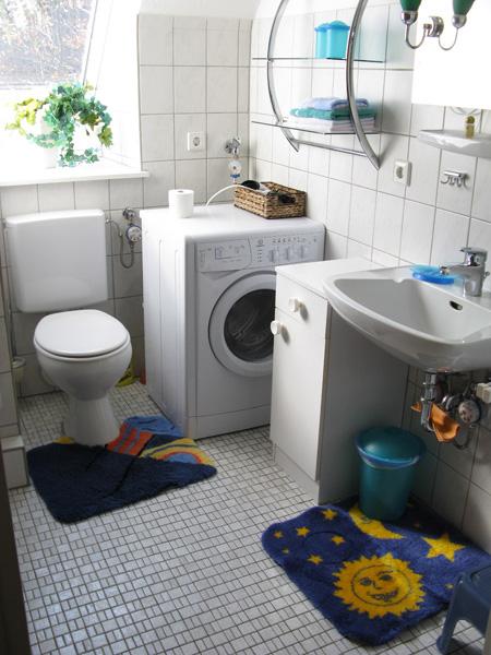 Bad Mit Waschmaschine, Balkon Ausblick